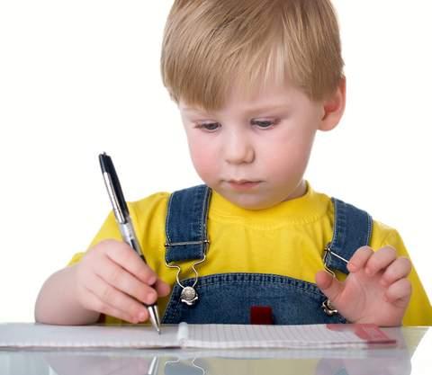 почему ребенок не запоминает стихи